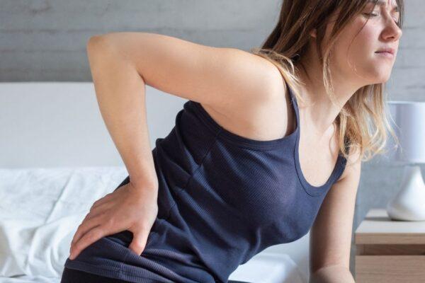 Sindrome piramidal chica con dolor de cadera